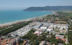 Marina di Carrara (Ms): domani 20 marzo protesta dei balneari contro la Bolkestein. Davanti alla sede della Fiera