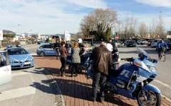 Viareggio: controlli della Polstrada, multe per mancanza di cinture di sicurezza e seggiolini per bambini