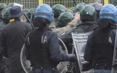 G7 esteri a Lucca: sette denunciati dalla Questura per gli scontri durante il corteo degli antagonisti