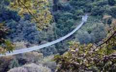 Mammiano basso (Pt): il primato della passerella pedonale che collega i due versanti del torrente Lima