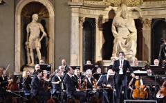 Firenze G7: Muti, i musicisti mettono fiori nei cannoni e lanciano messaggi di speranza