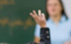 Scuola: l'Ocse bacchetta l'Italia, troppo donne in cattedra, sono 8 su 10