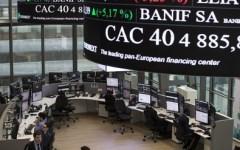Borsa: Piazza Affari sale (+0,9%) e spread scende a 177 punti. Conte rassicura i mercati, almeno per ora