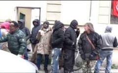 Firenze, stabile occupato: somali avanzano pretese eccessive. Il Comune risponde picche