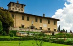 Firenze: vandali danneggiano una statua nei giardini di Villa Strozzi