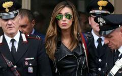 Milano: Belen testimone in Tribunale, con scorta dei carabinieri. Esposto del Codacons