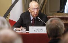 Intercettazioni: Napolitano striglia Renzi e il Pd, protestano soltanto adesso contro la pubblicazione