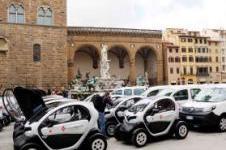 Firenze Zcs: parcheggio gratis negli spazi blu per i veicoli elettrici e ibridi dei residenti