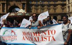 Firenze, caccia: protesta degli animalisti contro le deroghe decise dalla regione