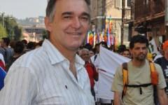 Pd Toscana: striscione di FN contro Rossi, solidarietà di Parrini e Marras