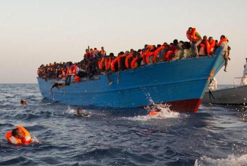 Gentiloni: l'accoglienza dei migranti non può essere illimitata