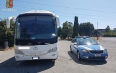 Firenze: anziani in gita bloccati sul bus, non era assicurato