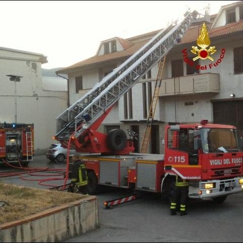 Appartamento andato a fuoco a Vaiano due morti