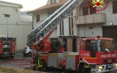 Prato: un uomo e una donna morti nell'incendio della mansarda a Vaiano