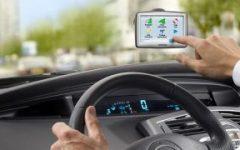 Sicurezza stradale: 8 giovani su 10 distratti alla guida dai dispositivi tecnologici, un pericolo costante