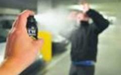Cascina (Pisa): la sindaca (Lega) vuol regalare spray al peperoncino alle donne