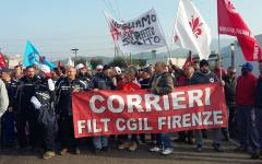 Trasporti, logistica: più di mille lavoratori in sciopero in corteo a Calenzano