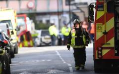 Londra: auto sul marciapede, feriti alcuni pedoni. L'investitore bloccato dai passanti e arrestato
