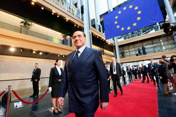 Strasburgo: è iniziata l'udienza su Berlusconi