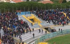 Calcio: Pisa batte il Livorno (1-0) nel derby delle proteste delle tifoserie