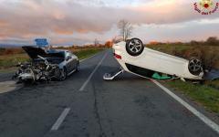 Sorano (Gr): scontro fra due auto, 4 feriti, due gravi in ospedale