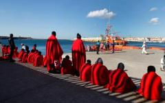 Migranti: naufragio di due barconi in Libia. Decine di morti