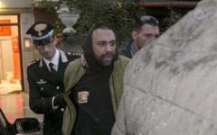 Ostia: Roberto Spada fermato dai carabinieri. Dopo l'aggressione ai giornalisti Rai