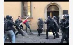 Piacenza: è fiorentino il carabiniere aggredito dai centri sociali che manifestavano contro Casapound