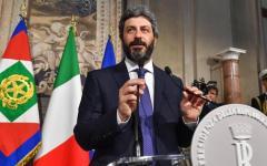 Vitalizi: Di Maio e Fraccaro alzano i toni, ma un sondaggio si pronuncia a favore degli ex  parlamentari