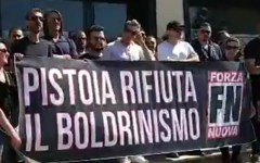 Vicofaro (Pt): Boldrini, don Biancalani e i migranti, le contestazioni di Forza Nuova e Casa Pound (foto)