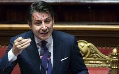 Governo: Conte replica a Renzi, «un mio collega? Perché è un professore lui?»