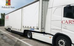 Migranti: Polstrada ne scopre 4 su una bisarca diretta in Gran Bretagna