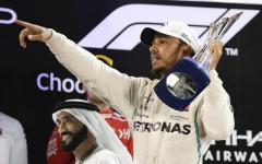 F1, Abu Dhabi: undicesima vittoria di Hamilton, secondo Vettel
