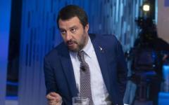 Manovra: Salvini, ok a Macron e pulci all'Italia sarebbe la fine della Ue