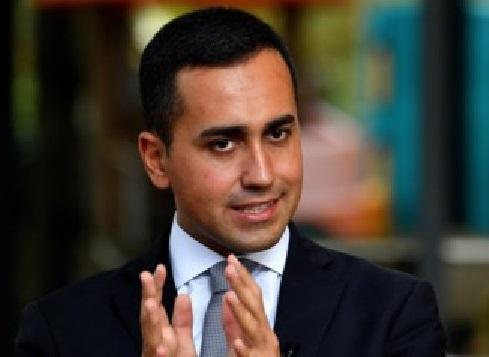 L'aperitivo del disgelo: Zingaretti e Di Maio parlano del nuovo Governo
