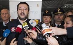 Firenze: sesto sgombero in sei mesi, Salvini si complimenta con prefetto Lega e Forze dell'ordine