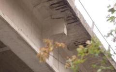 Viadotto E45 chiuso: traffico nel caos fra Toscana e Romagna. Ingorghi al casello A1 di Arezzo