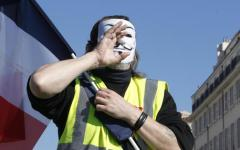 Parigi: gilet gialli, offese antisemite al filosofo Finkielkraut. Condanna unanime