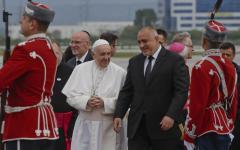 Papa Francesco: predica l'accoglienza ai migranti anche in Bulgaria, non lontano dai Paesi del Visegrad