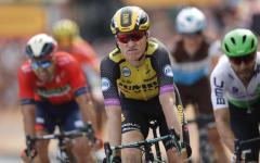 Tour de France: prima tappa e maglia gialla a Teunissen, al fotofinish