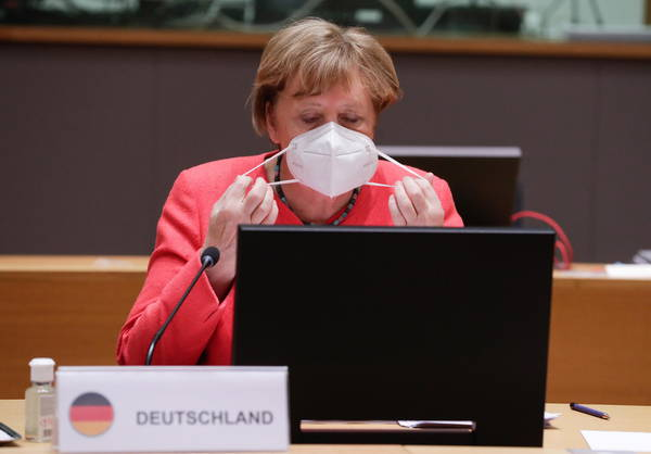 Covid, Merkel annuncia
