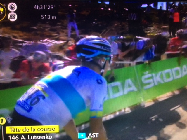Tour: 6/a tappa a Lutsenko, Adam Yates è sempre maglia gialla