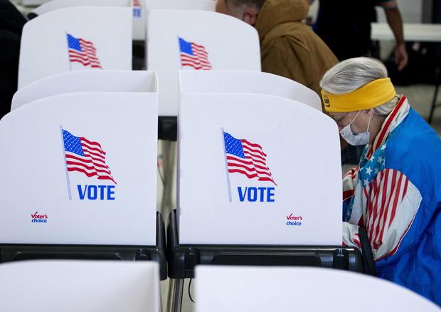 Al via l'Election Day, seggi aperti in 4 Stati