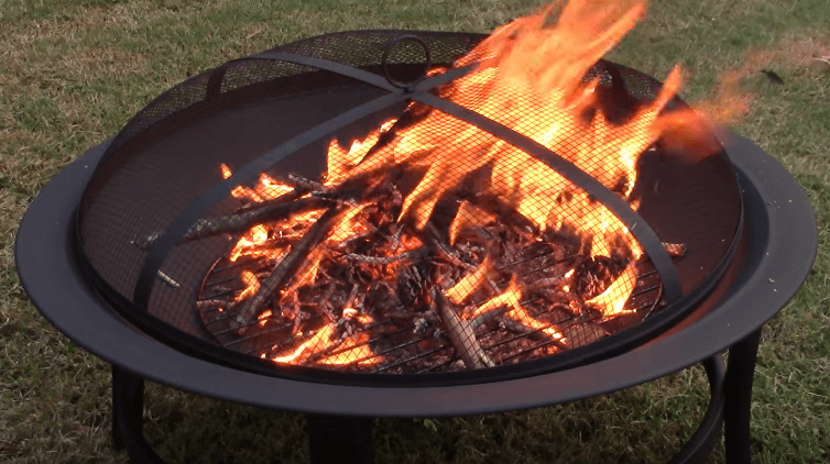 Backyard fire pits and the landscaping design
