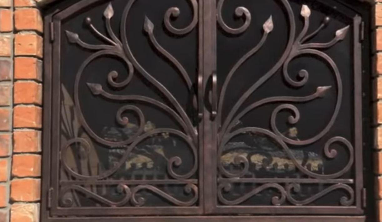 fireplace screens with doors idea