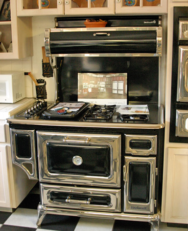 kitchen stoves farmhouse style islands wood burning cook cooking fresno refrigerators heartland ca