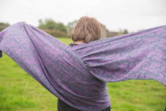 heather-glasto-tentacular-spectacular-woven-wrap
