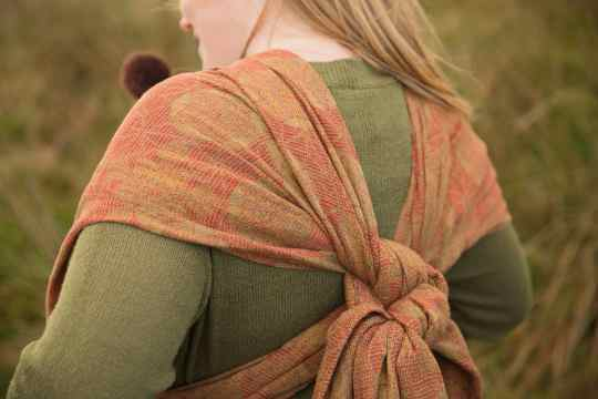 garnet-moorland-kaleidoscope-woven-wrap