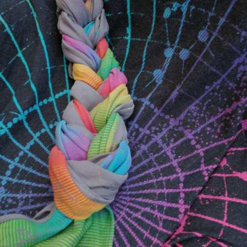 <h2> Braiding a Woven Wrap <h2>