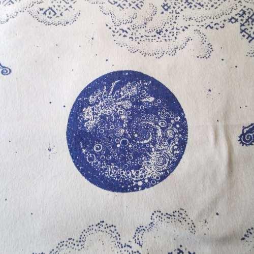 Nocturne blanket